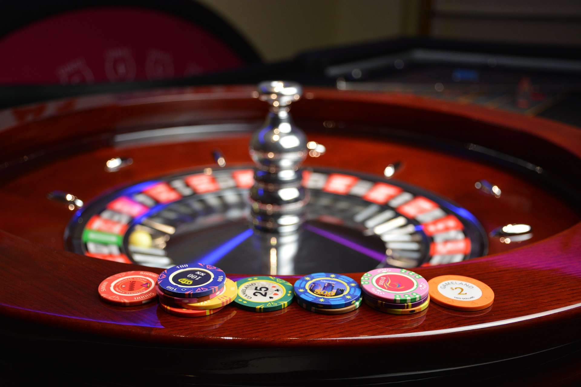 People are fond of online casino games
