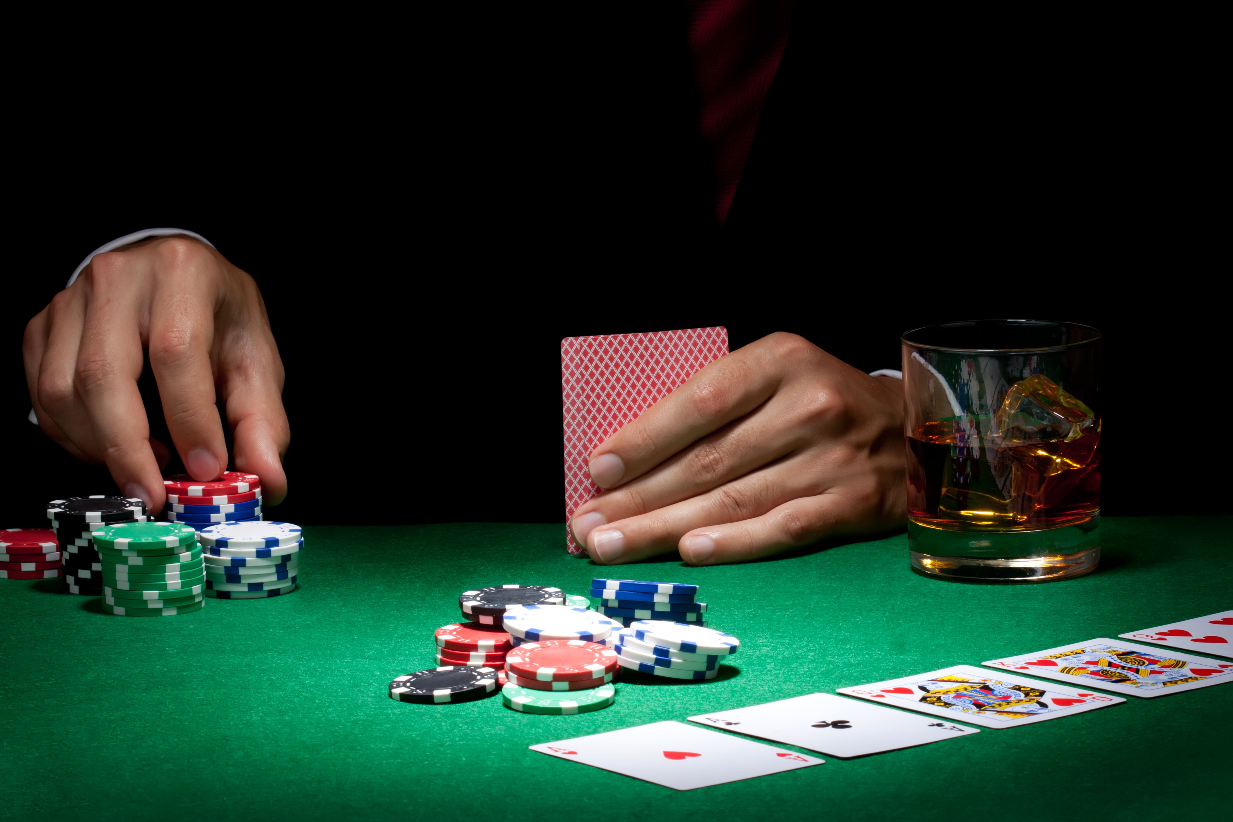 Easy Ways to Play Poker Online