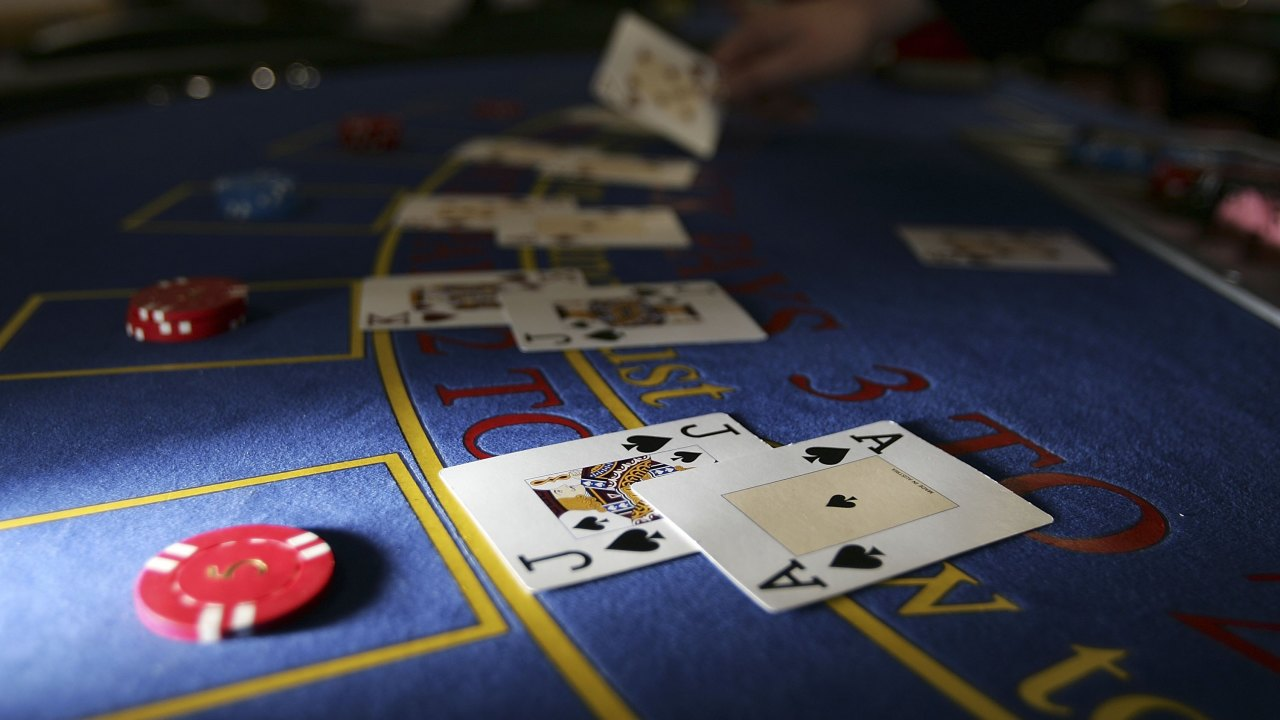 Real cash games are available in the online casinos in order to start the gaming process