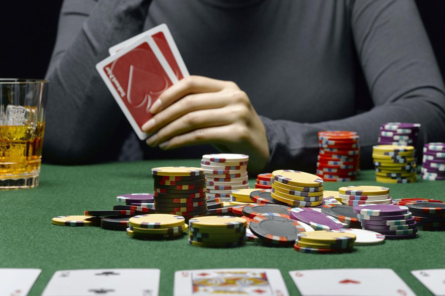 Features That Make Live Casino the Best