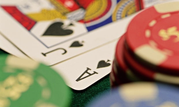How to use the professional techniques to play the baccarat game