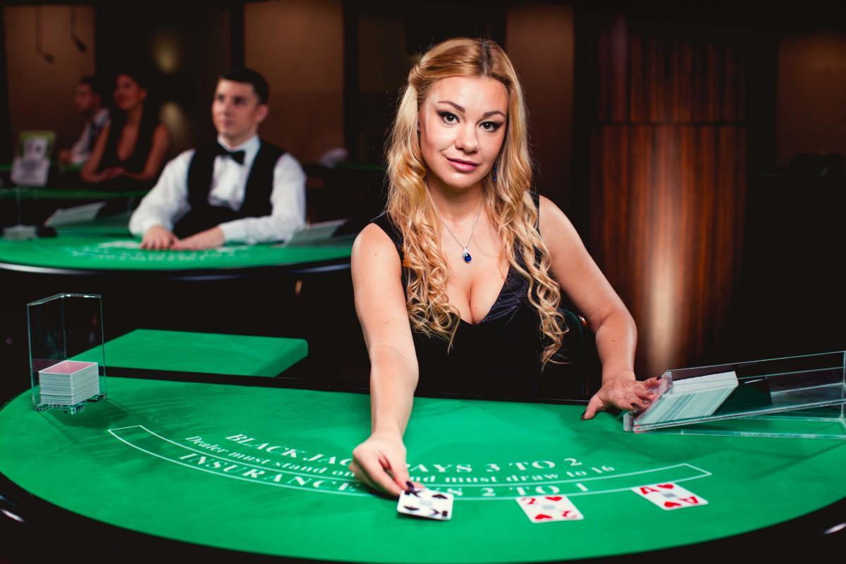 Entertaining Online Casino