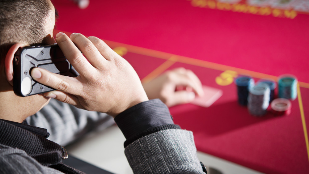 Tips On How To Play Slot Machine: How Online Betting Work